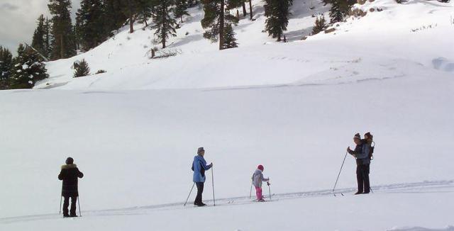 Výlety na běžkách patří v zimě k těm nejhezčím. 22e2a6406b