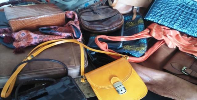 Nenechávejte své kabelky povalovat někde v koutě nebo na zemi c5dddba80ac