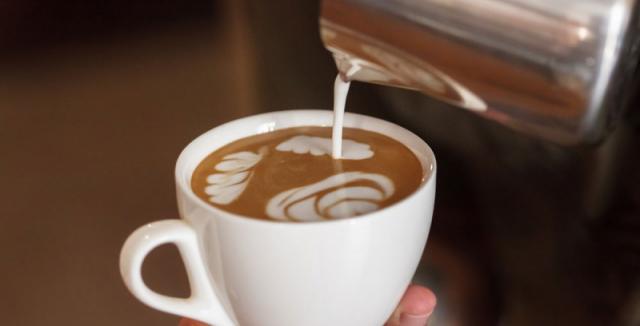 Škodlivost kávy s mlékem