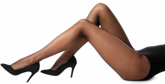 f999b8865 Silonové punčochy: Pravidla jejich nošení i péče o ně • Styl ...