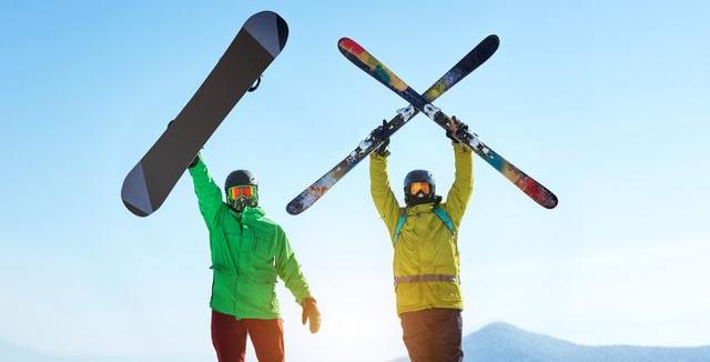 Chystáte se na hory a váháte mezi lyžemi a snowboardem  • Hobby   inStory.cz fa7f59e4c6