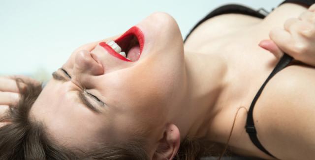 Ženský orgasmus při sexu